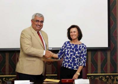 Convenio US y Fundación de Estudios Taurinos